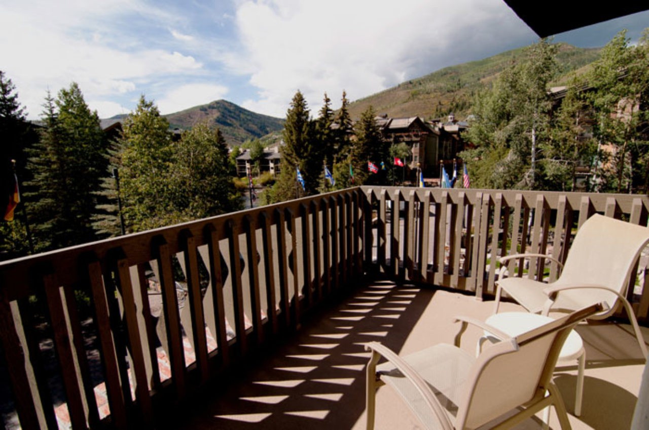 Sitzmark Lodge Bridal Suite Balcony